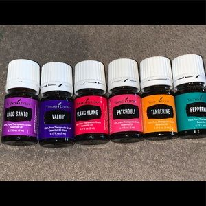 Set of NEW 5 ml Young living essential oils 💟